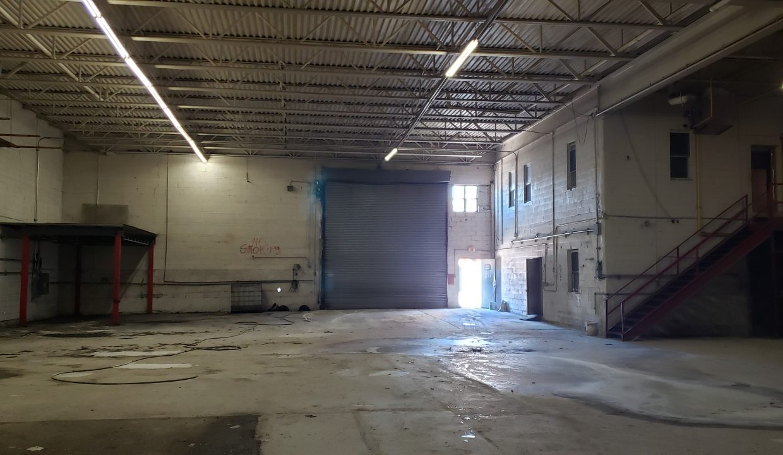 7 Interior 190 Morgan Ave