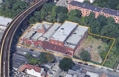 Google Earth 425 Devoe Ave